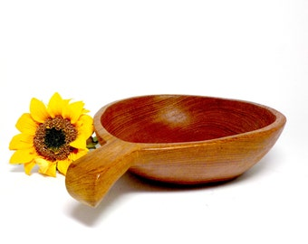 Wooden Grain Scoop, Hand Carved Wooden Serving Snack Bowl, Extra Large Scoop with Handle, Wooden Serving Bowl, Primitive and Rustic Kitchen