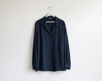 on sale - dark blue plaid button-up  / navy long sleeve blouse / size XL / XXL