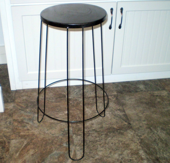vtg metal plant stand stool 24 tall retro mod shabby. Black Bedroom Furniture Sets. Home Design Ideas