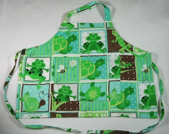 Green Frogs and Turtles Apron