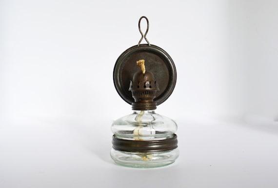 Rustic Kerosene Lamp Vintage Glass Oil Lamp with Reflector