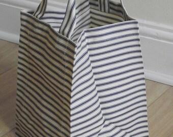 Square striped bag