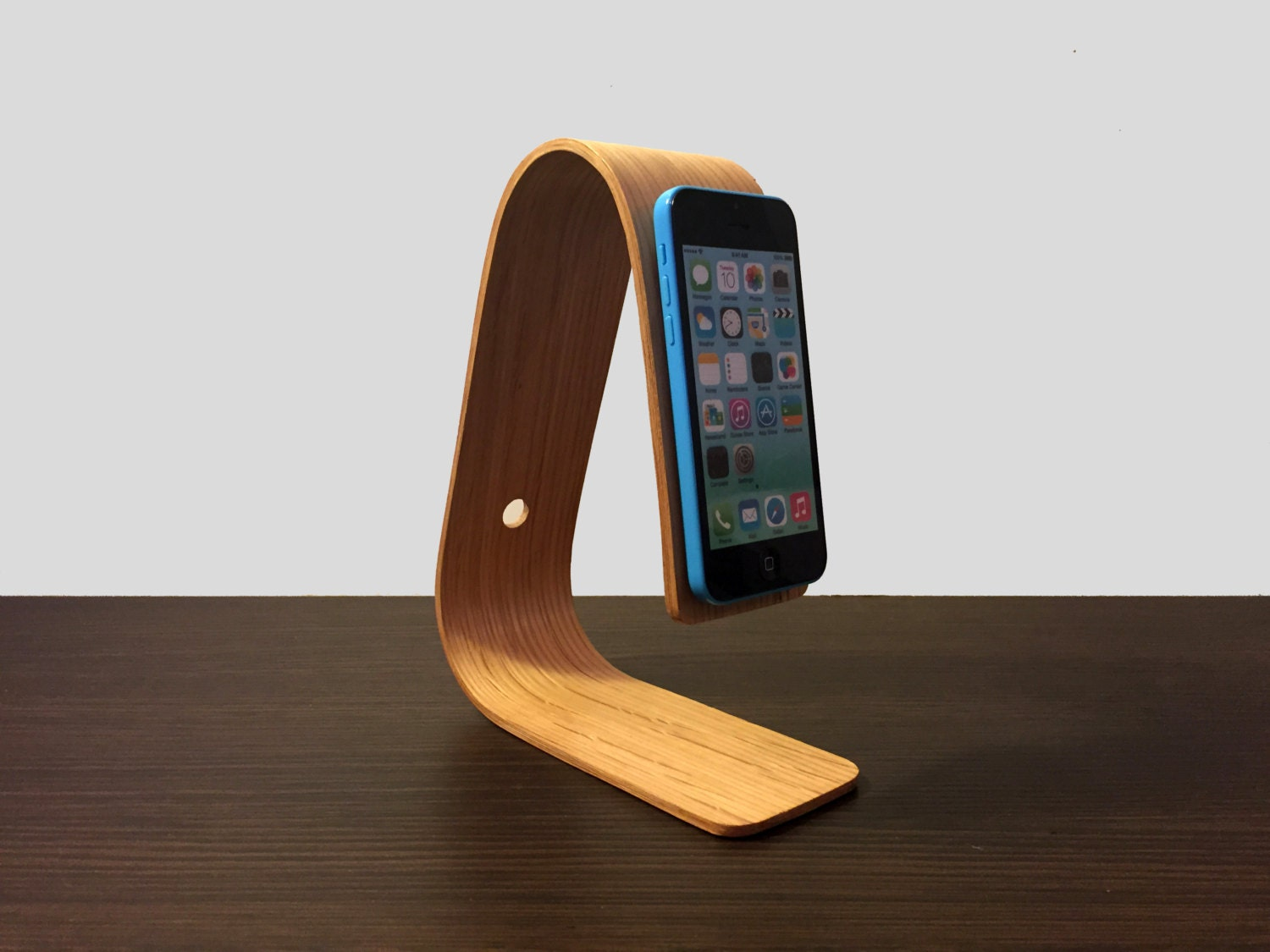 iphone 5s 5 and 5c plus bent plywood stand docking station. Black Bedroom Furniture Sets. Home Design Ideas