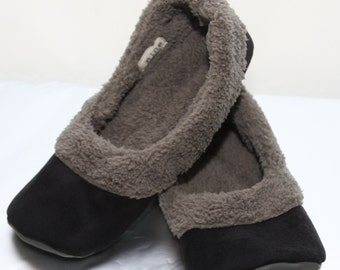 Women's Sherpa Slippers - Women's Slippers with Soles - Soft Sole Shoes Women - Black and Grey