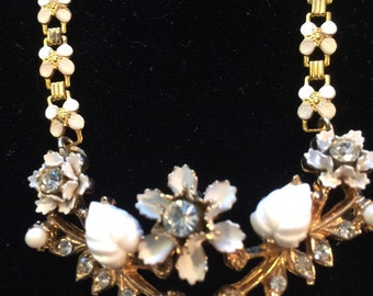 Vtg Pretty Floral Necklace Bridal Fancy