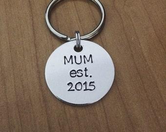 Mum est. 2015 keychain - customizable keychain - new mum gift