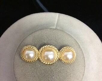 Vintage Triple Faux Pearl Pin