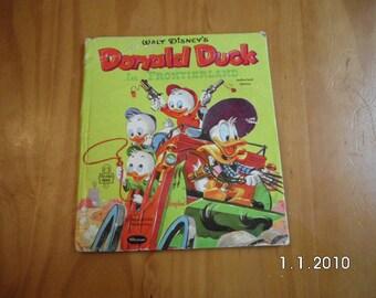 Vintage 1962 Donald Duck book/Walt Disney/vintage book/Donald Duck, Huey,Dewey,Louie/Duck tails/Donald Duck in Frontierland