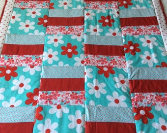 Floral quilt, flower quilt, baby blanket, baby quilt, Michael Miller fabric