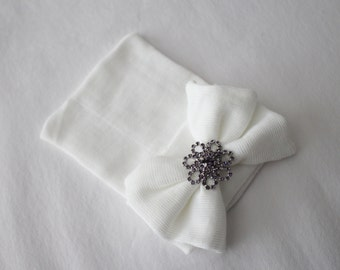 Newborn Beanie Hospital Hat, Cotton, White with Adorable White Cotton Bow and Purple Flower Rhinestone Accent, Baby Keepsake, Baby Shower