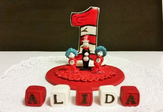 dr seuss wedding cake toppers items similar to cat in the hat dr seuss cake topper 13753