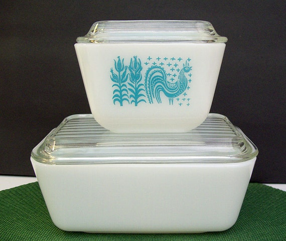 1950s Dishes: Vintage 1950s-1960s PYREX Refrigerator Dishes Amish