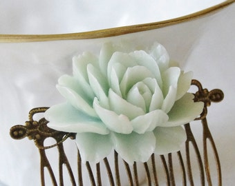 Pale Green Rose Flower Wedding Bridal Hair Comb / Mint Green Vintage Inspired Brass Art Nouveau Filigree Hair Comb / Bridesmaids Comb