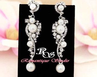 White Pearl bridal earrings, vintage style wedding earrings with crystal and rhinestone, pearl drop earrings, bridal jewelry accessory 1276