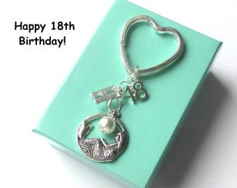 Personalised 18th birthday gift - Mermaid keychain - 18th gift - 18th keychain - Mermaid keyring with pearl - Sister gift - Friend - Cousin