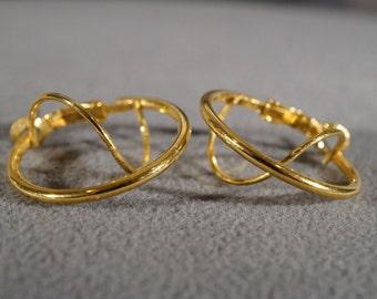 Vintage Art Deco Style Yellow Gold Tone Double Hoop Twisted Pierced Earrings Jewelry   K