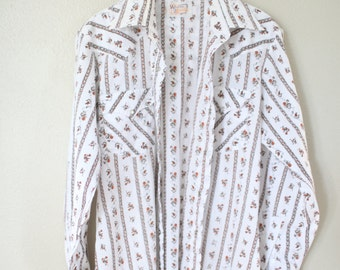 vintage 1970's western cut cream pearl snap button up shirt large