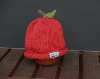 Cute apple hat for baby aged 0-6 months