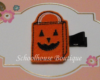 Pumpkin Trick or Treat Bag Felt Hair Clips with your choice of ribbon color,Felties,Feltie Hair Clip,Felt Hairbow,Felt Hair Clippie, Favor