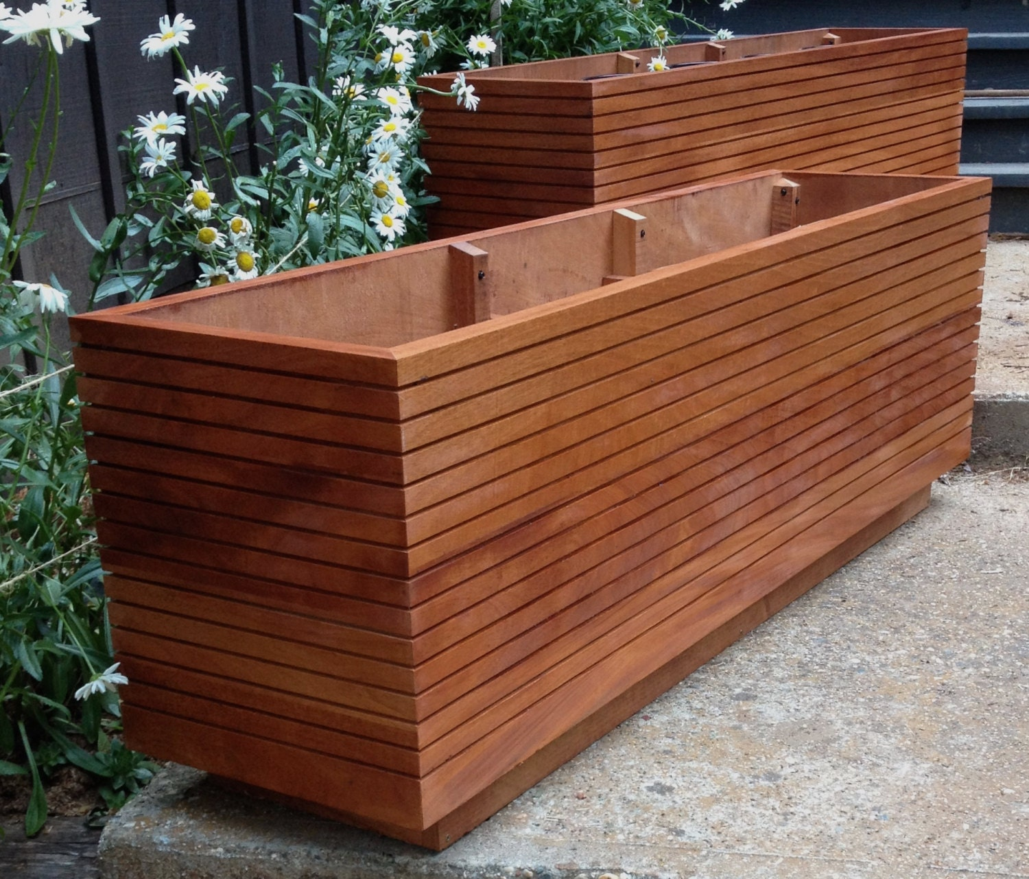 tall modern mahogany planter boxes mid century modern free. Black Bedroom Furniture Sets. Home Design Ideas