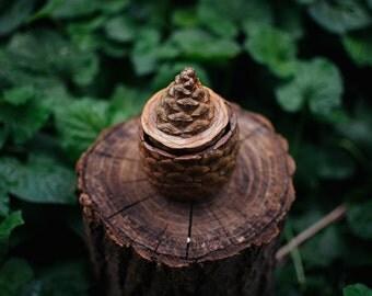 Pine Cone Ring Box