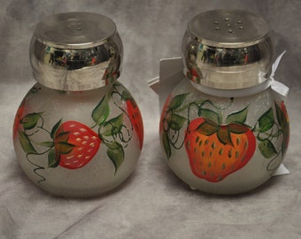 Hand painted, Salt & Pepper shakers
