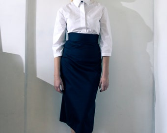 High Waisted & Fitted Black Pencil Skirt With godet detail