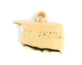 2x Gold Plated Engraved Oklahoma State Charms - M114-OK