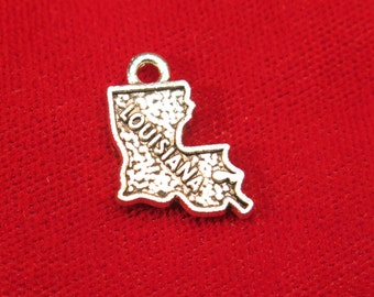 "BULK! 30pc ""Louisiana"" charms in antique silver style (BC650B)"