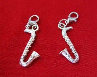 "5pc ""saxophone"" clip-on charms in antique silver style (B656)"