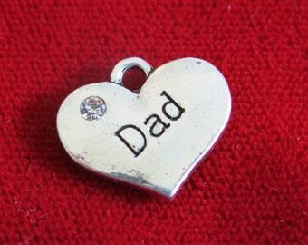 """5pc """"Dad"""" charms in antique silver style (BC726)"""