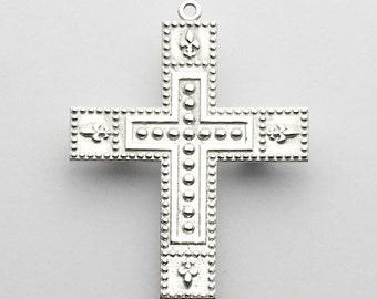 Unique Angeline Quinn Sterling Silver Cross Pendant