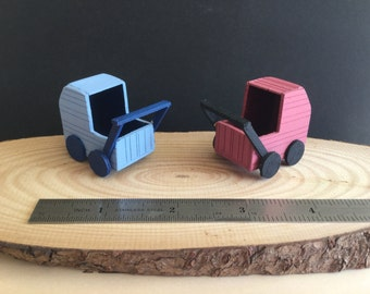 Miniature doll's pram