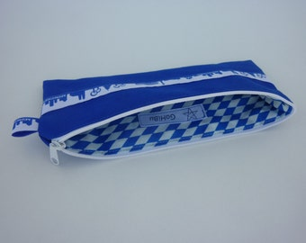 "Pencil case ""München"" in blue and white"