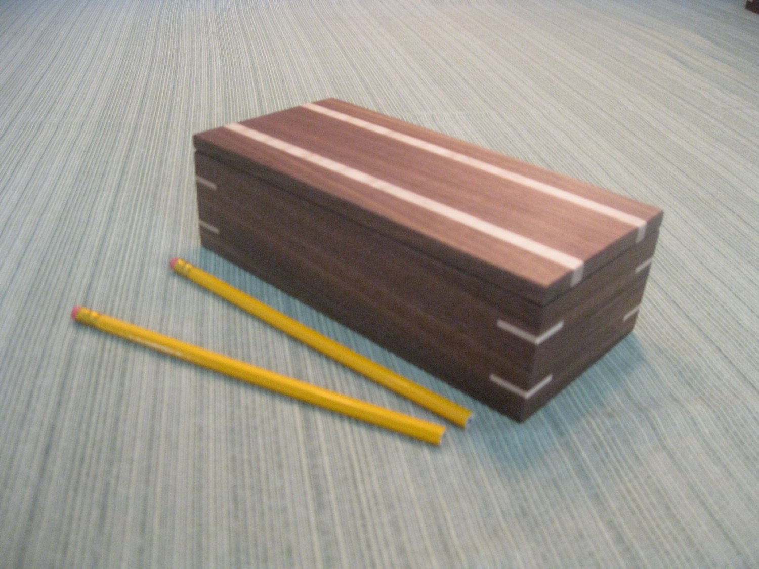 how to make a wooden pencil box for 150 pencils
