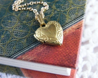 SALE, Locket Necklace, Locket Pendant, Heart Locket Pendant, Gold Locket Necklace, Heart Locket Necklace, Tiny Heart Locket, Gift for Girl