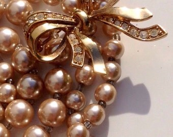 Vintage Champagne Pearl Multi Strand Bridal Necklace With Gold Paste Signed Bow Brooch, Imitation Pearl Costume Jewellery