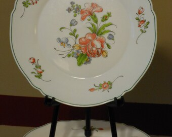 Six Arcopal France Provincial Pattern Milk Glass Dinner Plates