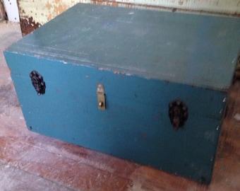 Vintage storage box