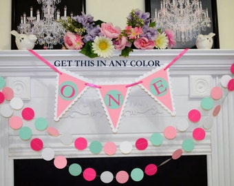 I am One Birthday Banner and Garland set,  One birthday garland, 1st Birthday, Birthday Decorations, Birthday Photo Prop - Pick the colors