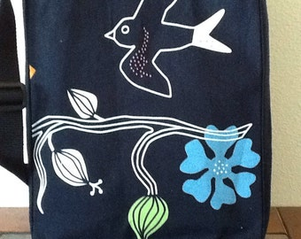 Free as a Bird! Shoulder Bag