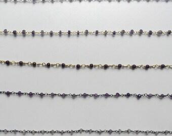 Chain beaded choker in purple tones
