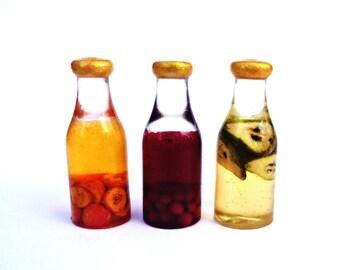 Dollhouse miniature 1:12 Fruit juice.