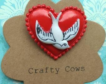 Retro White swallow on tattoo heart and swallow brooch - rockabilly tattoo heart & swift badge uk