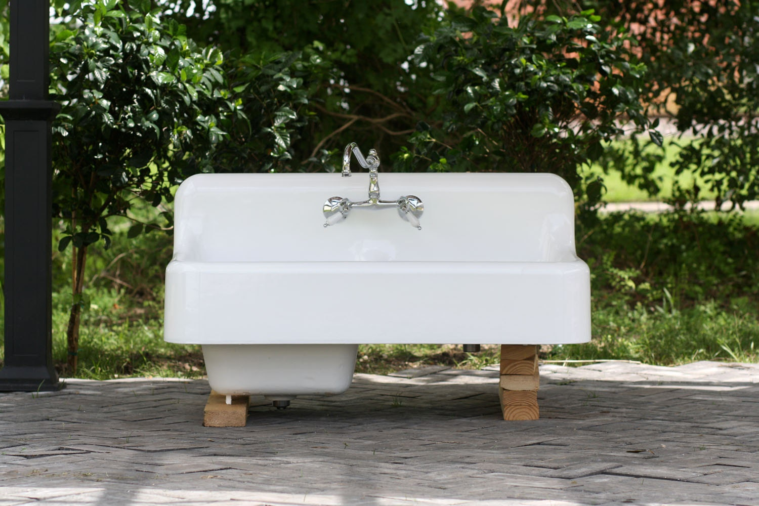 Porcelain Farm Sink : 42 Refinished 1920 Cast Iron Farm Sink Porcelain by readytore