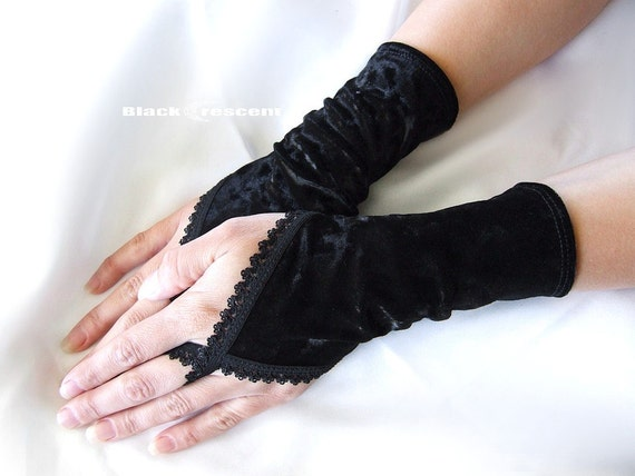 Short black velvet gloves finger loop fingerless gothic burlesque