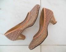 SALE Seaside Toffee Pump | 1940s Heels in Brown & White Mesh | WWII Era Shoe | Size 8 M or 7.5 W