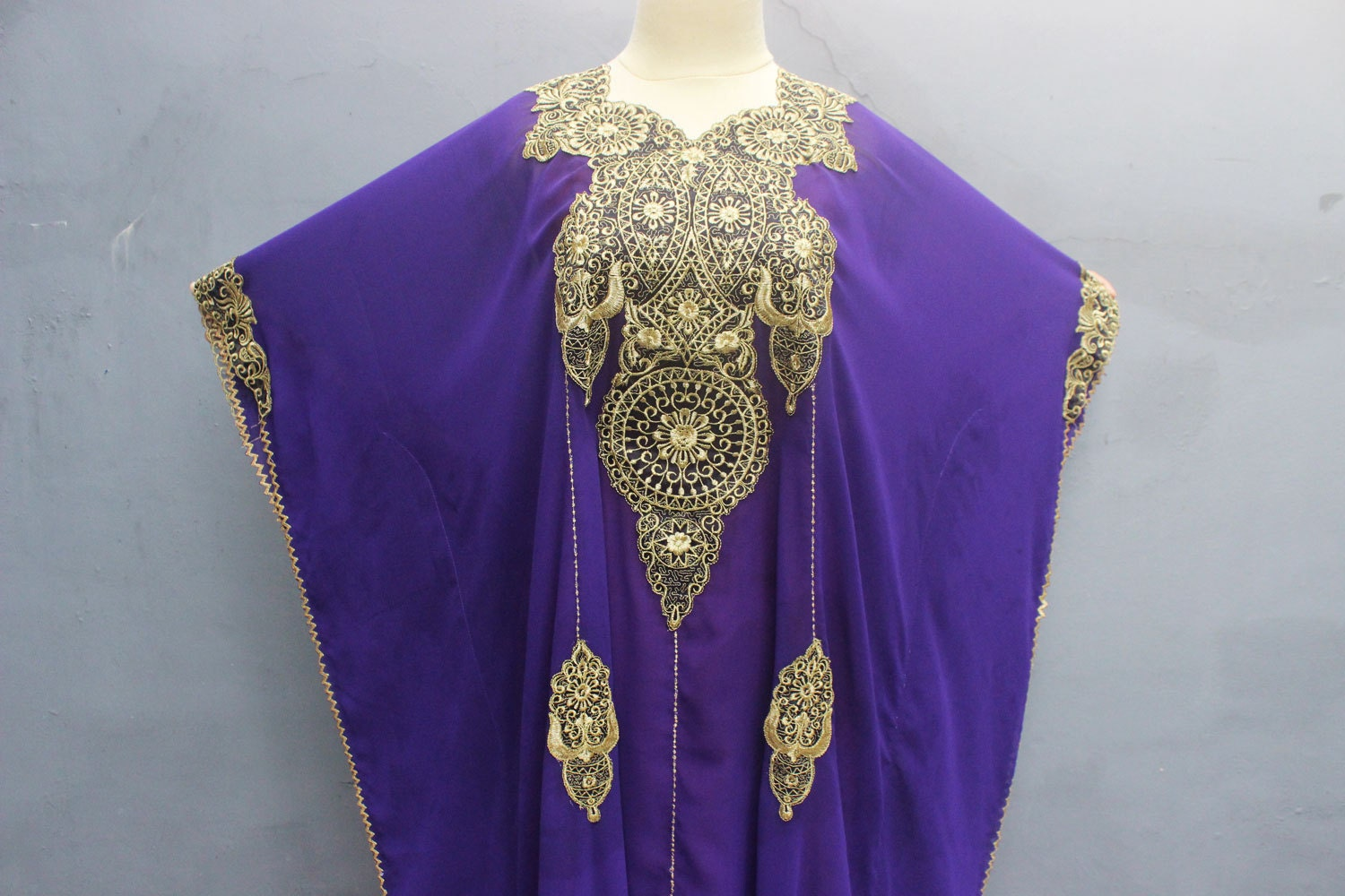 Fancy purple kaftan gold embroidery dress wedding spring for Wedding dress with purple embroidery