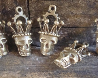 5 Steampunk Skull Gear Charms