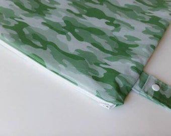 Large Wetbag, Waterproof Bag, Camo Wetbag, Diaper Bag, Cloth Diaper Storage, Camouflage Baby